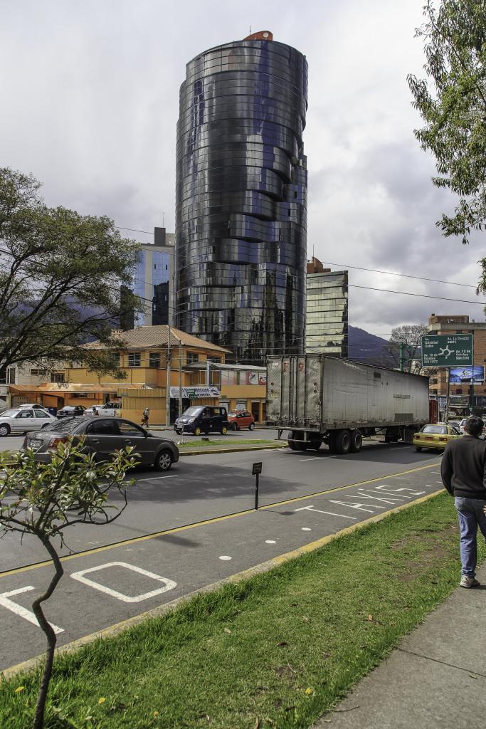 Glaswolkenkratzer im Mariscal in Quito