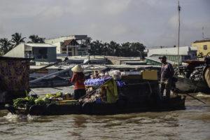 Handel am Fluss