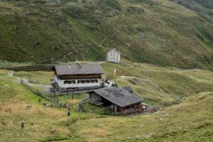 Sesvenna- und hinten Pforzheimerhütte